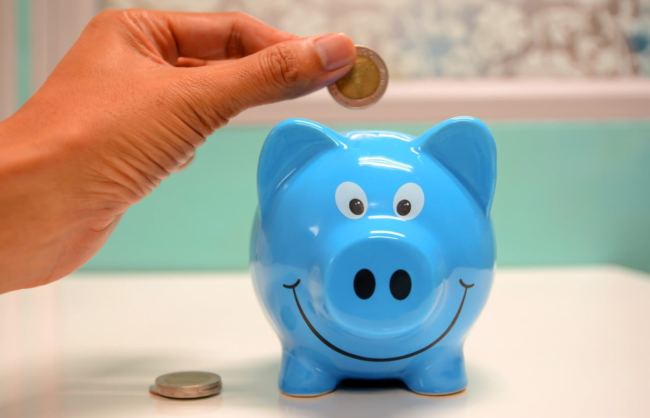 Top tips to manage your money better